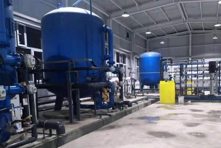 南疆安全饮水项目--反渗透设备